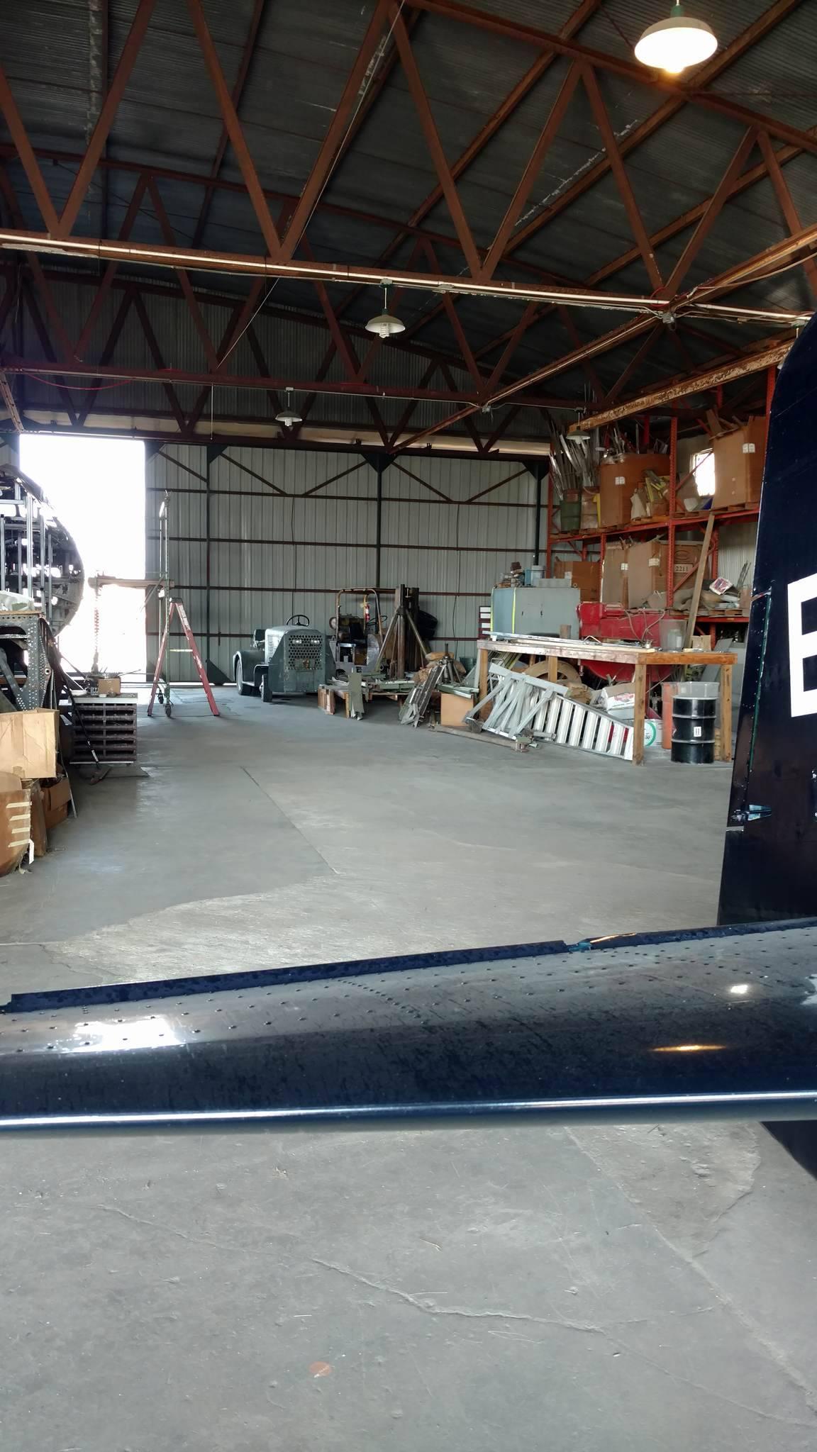 Open floor space for wing
